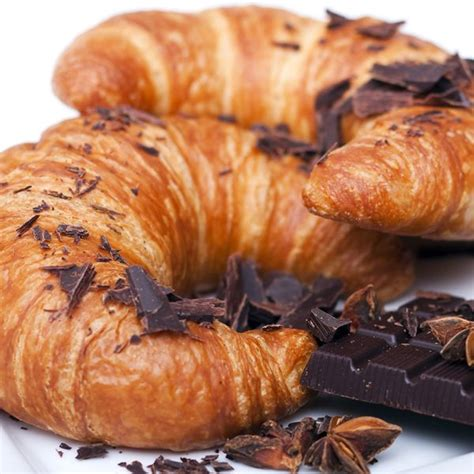 oh so easy croissant with chocolate dessert recipe