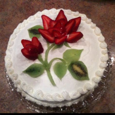 25+ Best Ideas About Strawberry Cake Decorations On