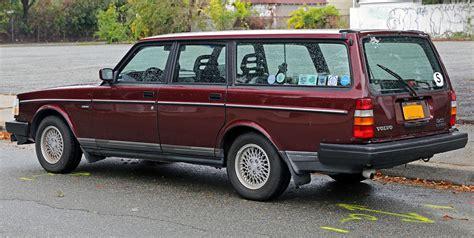 file volvo  classic estate rear leftjpg