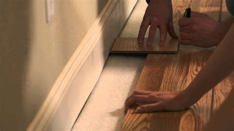 how to lay pergo how to install pergo flooring chapter 6 last row for pergo click joint youtube
