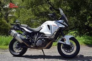 Ktm 1290 Super Adventure : review 2016 ktm 1290 super adventure bike review ~ Medecine-chirurgie-esthetiques.com Avis de Voitures