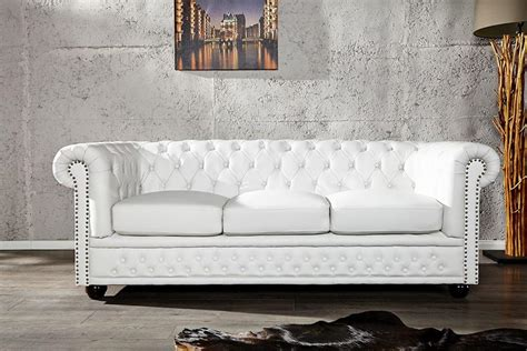 canapes chesterfield photos canapé chesterfield cuir blanc