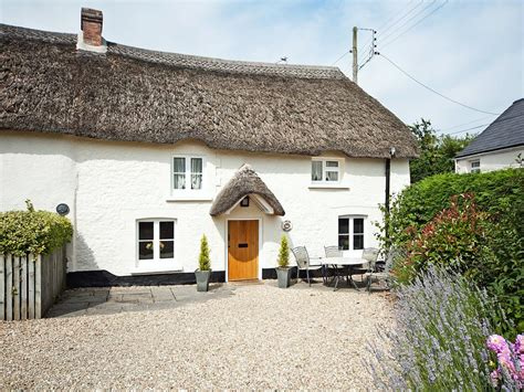 thatched cottage thatch cottage chittlehton uk booking