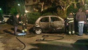 La Coop Auto : terracina incendiata l 39 auto di una dipendente della coop indaga la polizia ~ Medecine-chirurgie-esthetiques.com Avis de Voitures