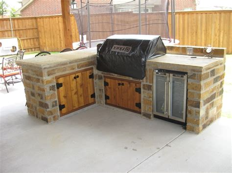 outdoor kitchen cabinet plans how to build outdoor cabinet doors savae org 3832