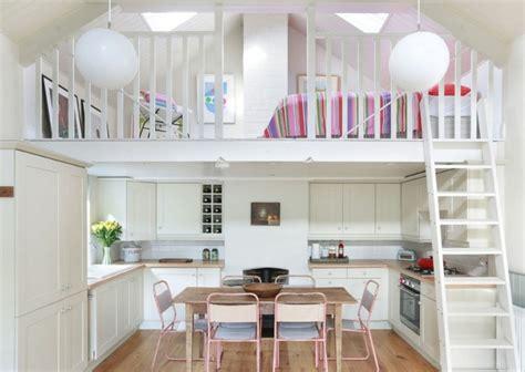 tapis de cuisine lit mezzanine une pièce supplémentaire cosy et intimiste