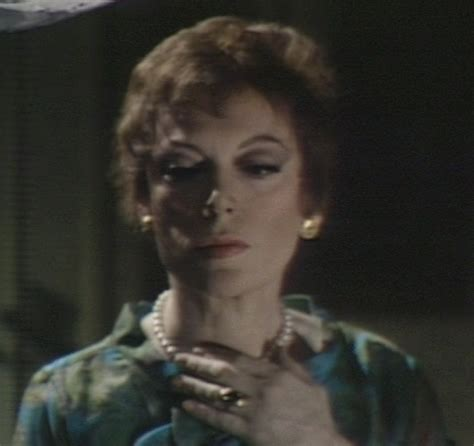 julia hoffman actress grayson hall images julia hoffman dark shadows 1968