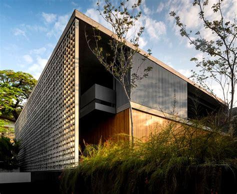 luxury concrete house  sao paulo  studio mk