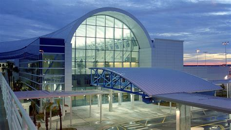 Jacksonville airport adding new lounge – Business Traveller