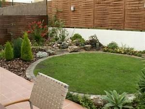 Decoracion de jardines pequenos diseno de interiores for Decoracion jardines pequenos