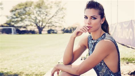 alex morgan weight height  age body measurements