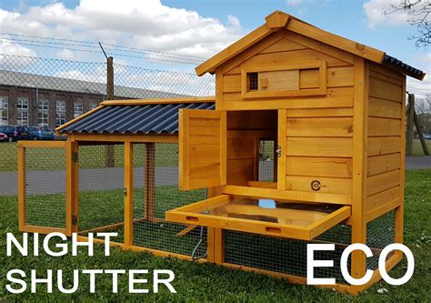 Cocoon Large Rabbit Hutch Guinea Pig Ferret & Secure Night