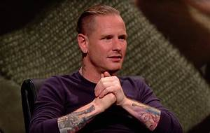 Watch Slipknot's Corey Taylor appear on BBC's 'QI' - NME