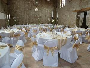 decoration salle mariage recreation florale blog d39art With salle de bain design avec décoration mariage voiture invités noeud
