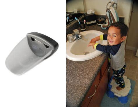 aqueduck faucet extender aqueduck faucet extender