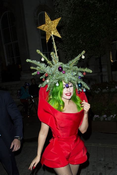 lady gaga photos photos lady gaga wears her christmas