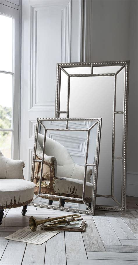 spiegel im wohnzimmer great spiegel im wohnzimmer das