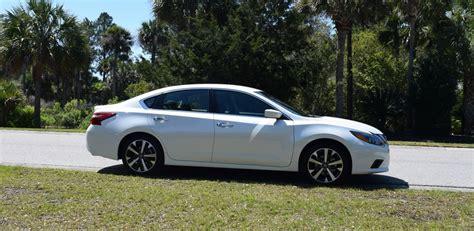 Altima Sr 2016 by 2016 Nissan Altima 2 5 Sr Hd Road Test Review Drive
