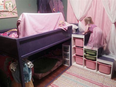 Ikea Prinzessin Bett by My Daughters Bedroom Ikea Hack With Kura Bed And Trofast