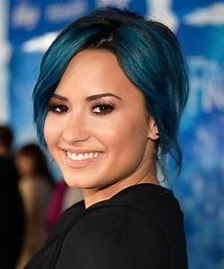 Demi Lovato Blue Hair at Frozen Premiere | POPSUGAR Beauty