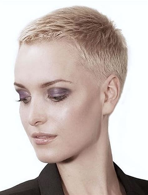 Pixie Hairstyle Images by Pixie Haircut Tutorial Images For Glorious