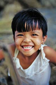 awwww so cute, her eyes are laughing too | smile ...