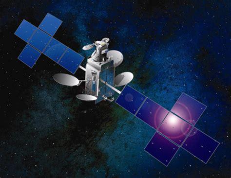 Ariane 5 sends up satellites for DirecTV, India ...