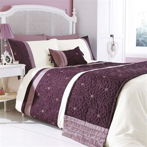 Chartwell Amy Floral Plum & White Double Bed Cover Set