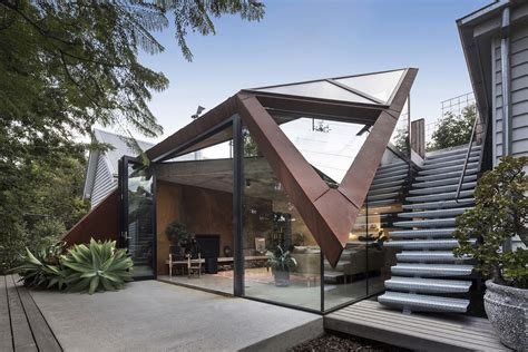 A Beautiful Melbourne House That Connects With Its Exteriors by Sensationally Sculptural Daring Lounge With Glazed Roof