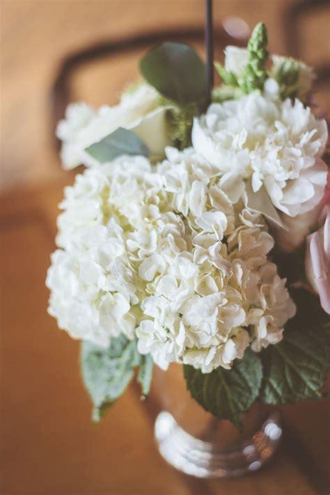 popular wedding flowers mywedding