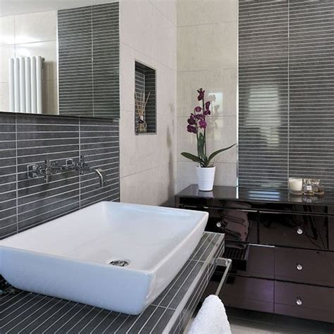 how to tile kitchen floor modern bathroom with grey pinstripe effect tiles 7368