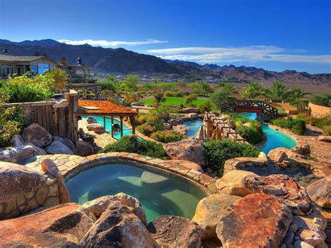 Backyard Water Park - spectacular mansion with its own backyard water park
