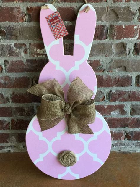 wood easter bunny door hanger searching  doors  paint
