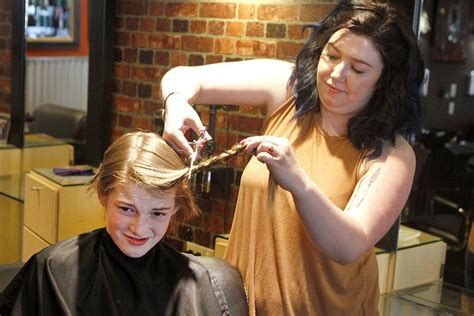 Hockey Players Donate Hair For Wigs What Is My Natural Hair Color Quiz Styling Short Black Can You Wear Your Up With A Weave Cute Messy Bun Long How To Curl Wavy Curling Iron Best Home Colour Australia 2016 Looks Dark Brown Eyes Know Would Look Blonde