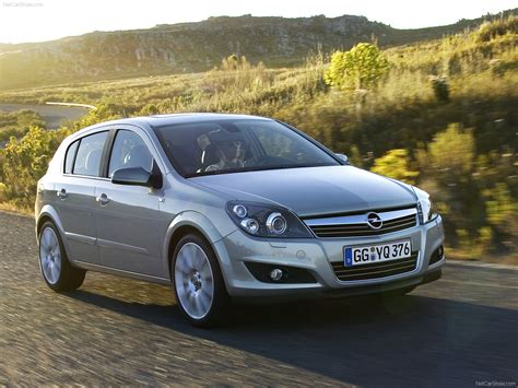 Opel Astra 2007 by Opel Astra 2007 Pictures Information Specs