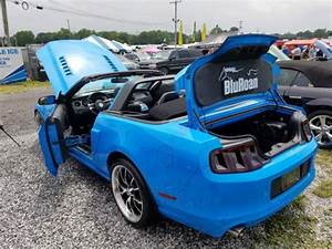 2013 Grabber Blue Ford Mustang GT Premium Convertible w/Custom Mods for sale in Frederick, Maryland