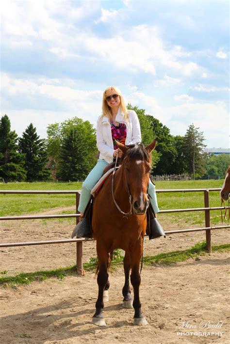 horseback trail ride riding trails celebration international horse lessons places ontario