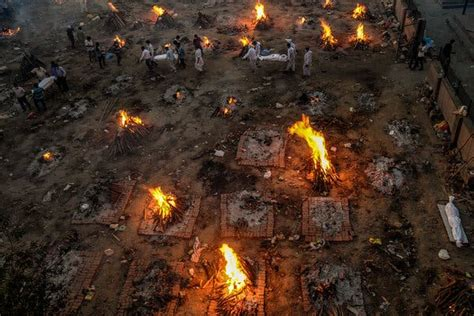 As Covid-19 Devastates India, Deaths Go Undercounted - The ...
