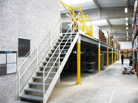 protection sol bureau escalier métallique fabricant escalier industriel