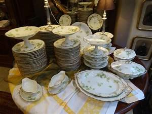 Vaisselle En Porcelaine : iportant service de tabled 39 epoque 1900 en porcelaine de limoges vaisselle shabby pinterest ~ Teatrodelosmanantiales.com Idées de Décoration
