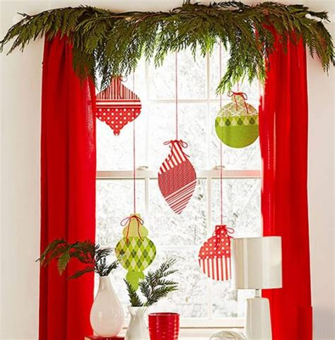 window decorating ideas  christmas  piece