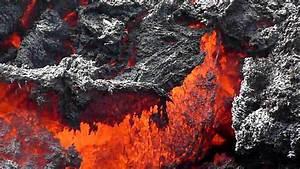 Pacaya Volcano  Guatemala  Lava Flowing