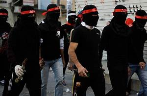 PHOTO GALLERY: Protesters clash with police on Bahrain ...