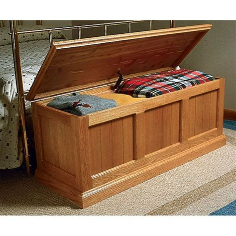 buy woodworking project paper plan  build heirloom oak cedar chest  woodcraftcom projects