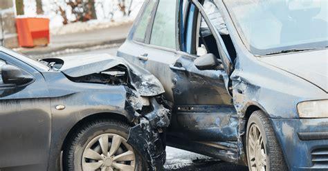 Broken-car-wreckers