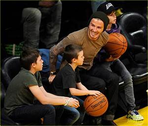 Full Sized Photo of david beckham lakers game with the ...
