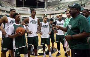 Chicago State athletes, coaches burdened by school's ...