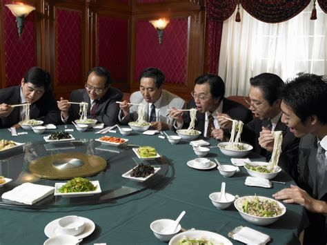 the fine dining guide basic restaurant etiquette one chinese table manners and chopstick etiquette