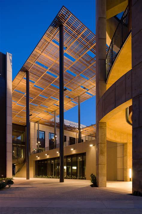stanford law school william  neukom building architizer