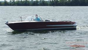 1962 20ft Chris Craft Holiday